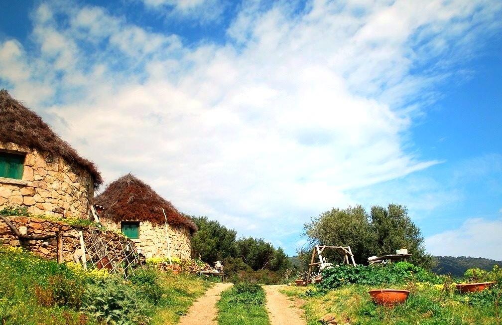 Italy, Country Retreats, Countryside, Sardinia, Decor