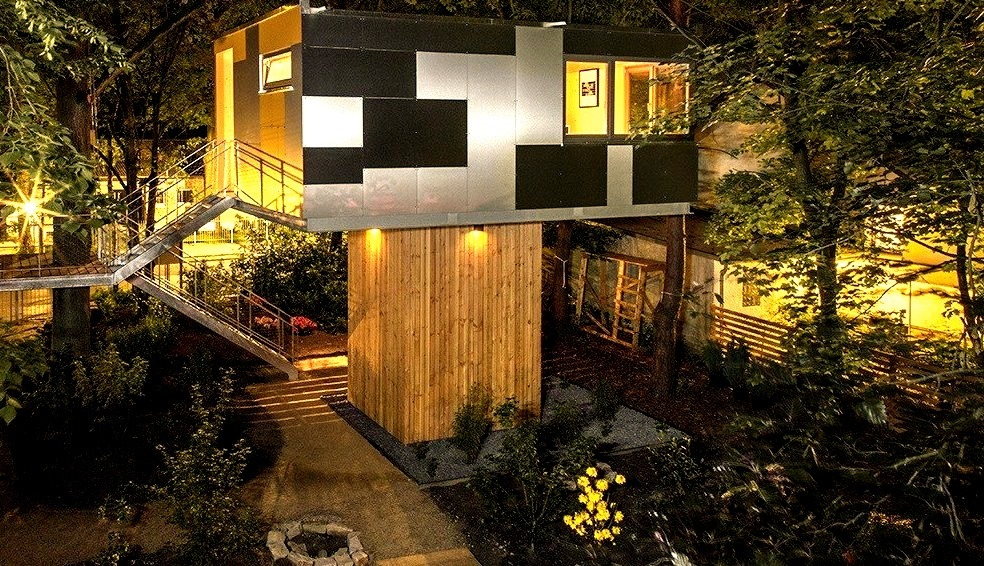 Top 10 Cool Treehouses